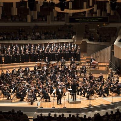 KANITZ Orchestertransporte :: Ticciati dirigiert Dvořáks ›Rusalka‹ am 19.09.2019 (09). Foto: Kai Bienert